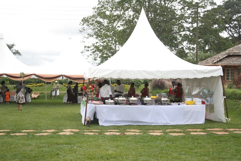 OUTSIDE CATERING BUFFET/SAMPLE